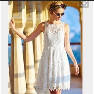 {Anthro} Maeve lace white pineapple dress